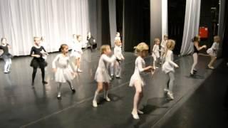 "Детский театр балета. Репетиция постановки ""Мышки и сыр""."