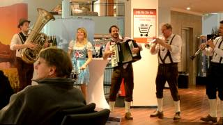 Ein Prosit   Bayerischer Defiliermarsch   Auf der Vogelweide und mehr   Erichs fröhliche Musikanten
