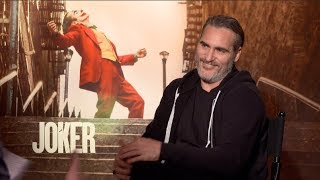 JOKER movie interviews - Joaquin Phoenix, Todd Phillips - Gotham City, bullying