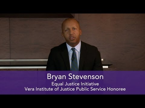 Bryan Stevenson Accepts Public Service Honor from Vera Institute of Justice