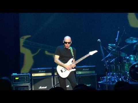 Joe Satriani Singapore 2017 - Surfing With The Alien