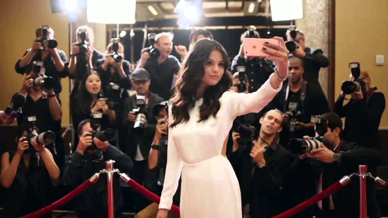Selena Gomez Wears Houghton in iPhone 6s Commercial - YouTube