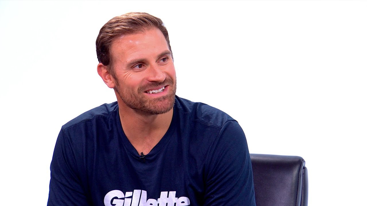 Chris Long Talks Jay-Z, Defends Players Coalition and Discusses Kaepernick's Potential Return