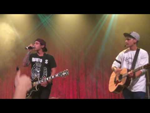 Janoskians - Real Girls Eat Cake Live (Dublin 8.10.16 Another Fail Tour)