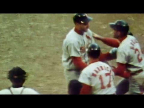 1964 WS Gm4: Boyer crushes go-ahead grand slam in 6th