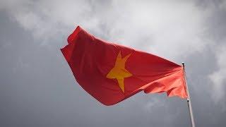 WELCOME TO VIETNAM! - Vlog 137