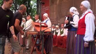 """00025 Folkloras diena """"Novadu sasaukšanās"""" uz Vērmanes dārza lielās skatuves 7.07.2018"""