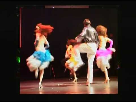 E T  DANCERS AT THE ZURICH SALSA CONGRESS 2004