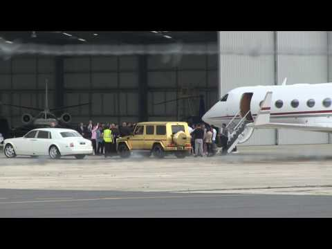 'BOLLYWOOD's SALMAN KHAN - greeted by fans exiting private jet in Melbourne' 23/4/17 #exclusive