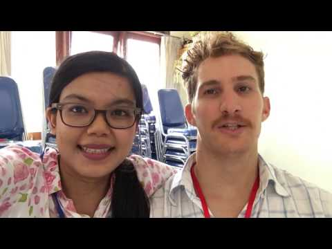 Volunteer in Bali & Swimming in Infinity Pool | WEEKEND VLOG (Bahasa Indonesia)
