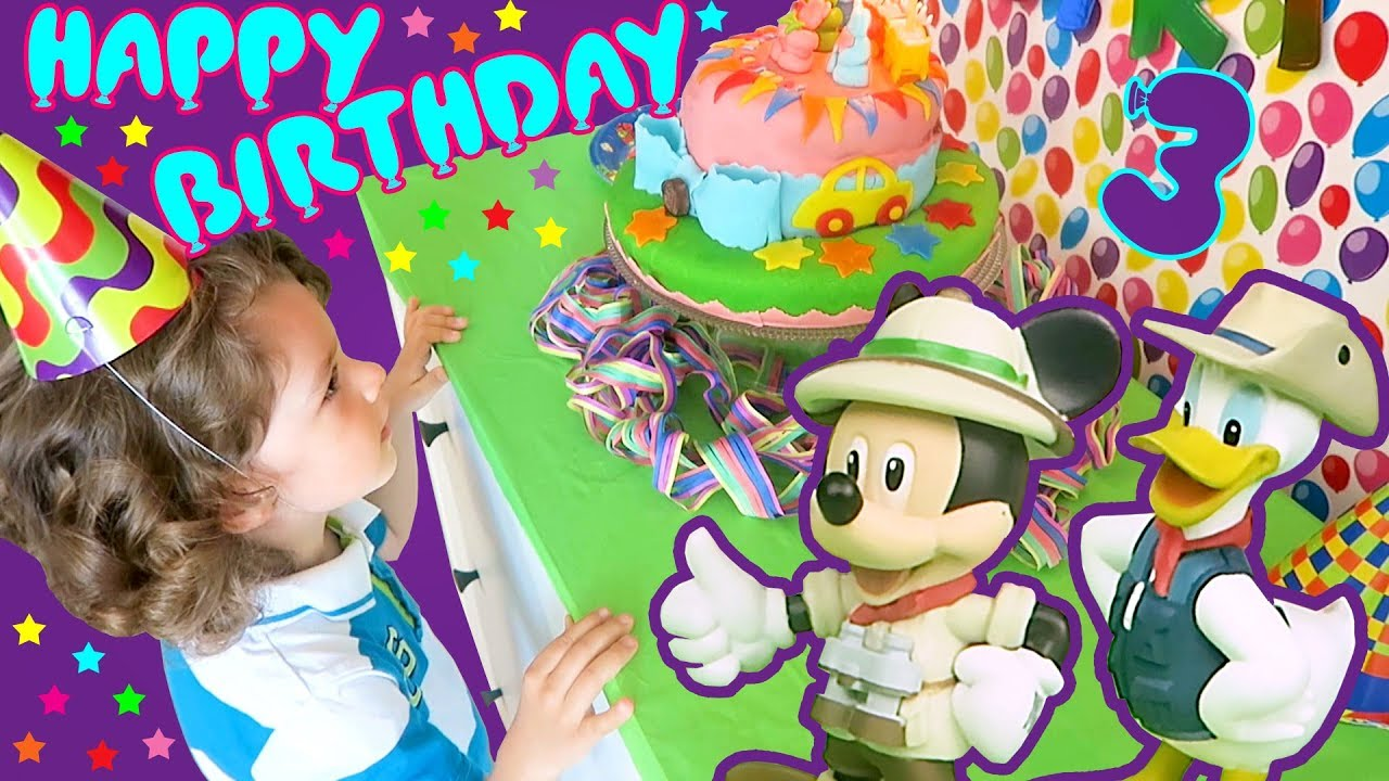 Mickey Mouse Donald Duck Make A Birthday Cake Disney Characters