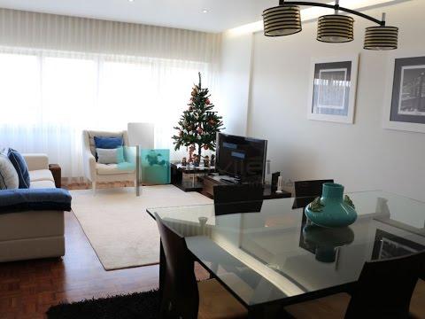 Apartamento T4 renovado no centro de Leiria%1/1