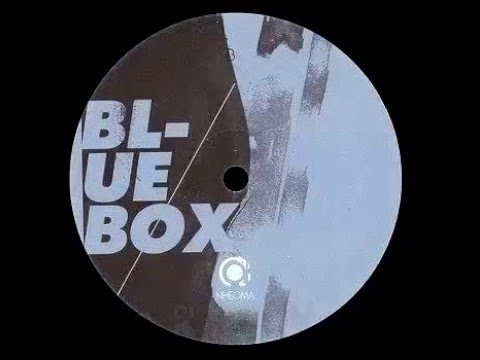 Hiroaki Iizuka - Blue box
