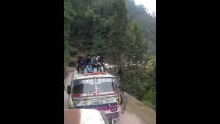 Nepal pyuthan ko sadk ko hal