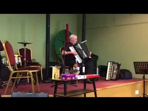 Reg White at Carlisle Accordion Club - Cuckoo Waltz