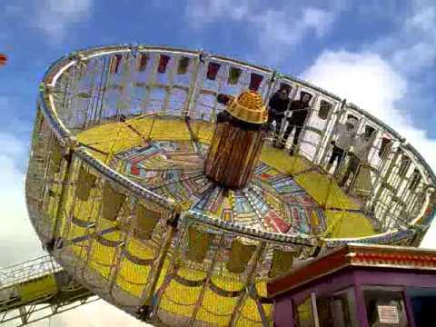 Soyuz luna park livorno 2011 youtube for Puerta 9 luna park