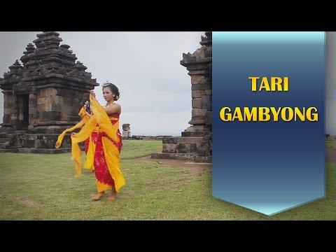 Tari Gambyong Mahasiswi Seni Tari UNY