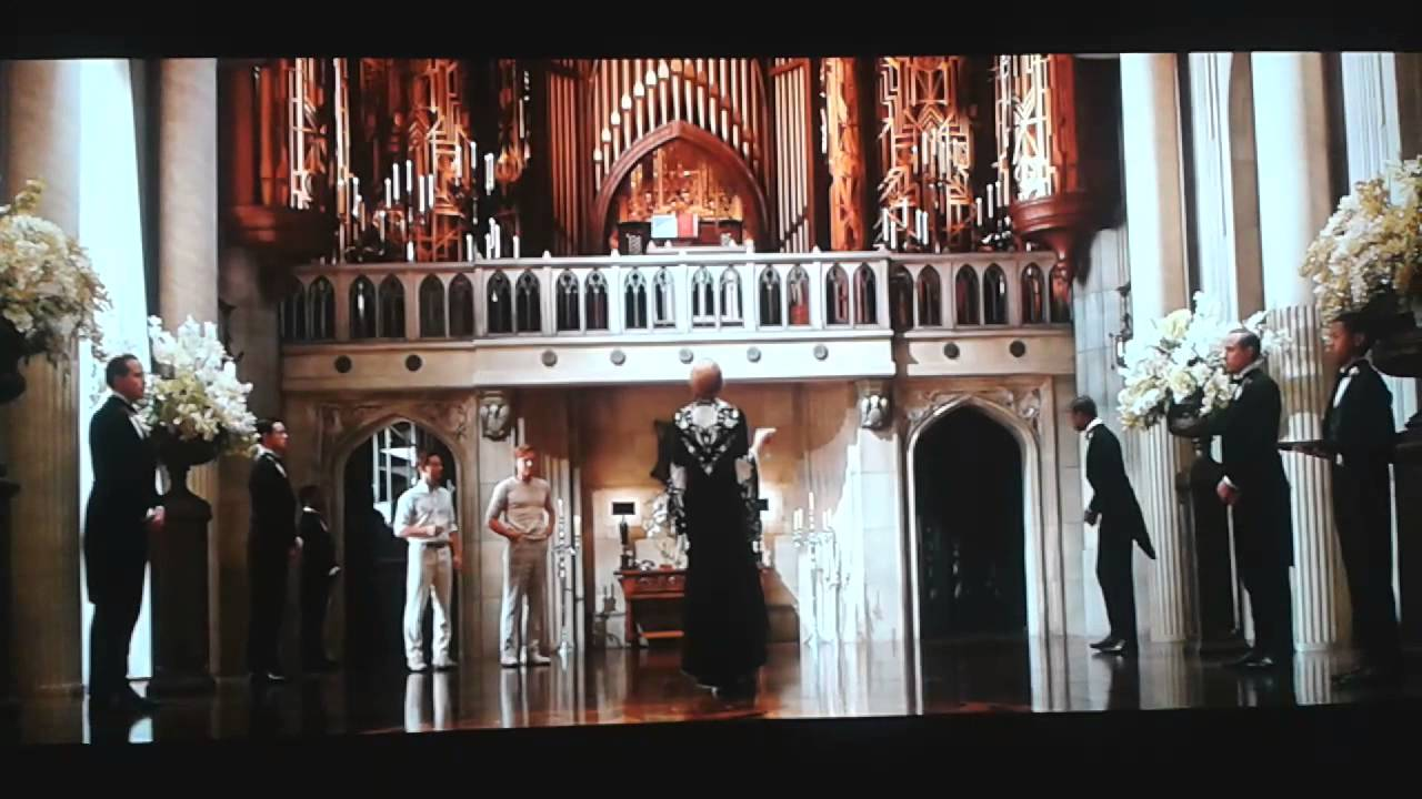 Daisy and gatsby house scene youtube Great gatsby house tour