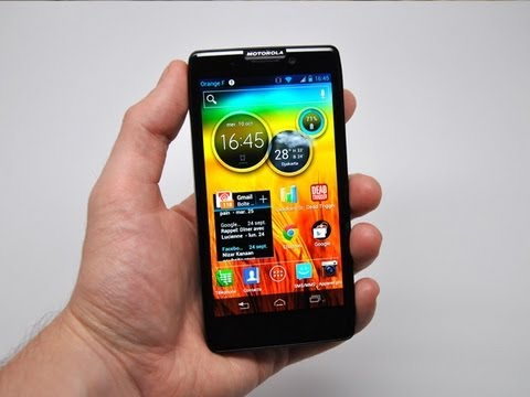 Test du Motorola RAZR HD - par Test-Mobile.fr