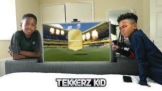 WALKOUT!! Finally Some Luck! | FIFA Pack Opening In PARENTS BEDROOM!!