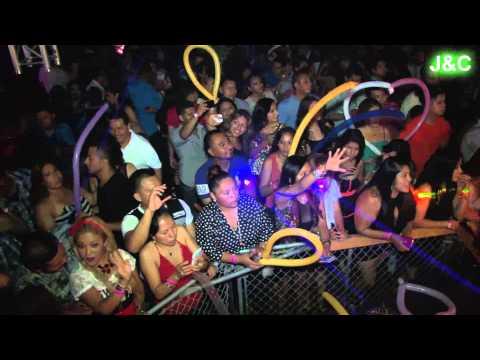 MEGA MEZCLAS DE BACHATAS CON ALEX SENSATION LIVE 2013