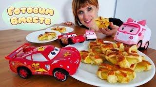 Маквин и Эмбер готовят вкусные КОЛЕСА из АНАНАСА 🍍 Готовим вместе с Машей Капуки Кануки и игрушками