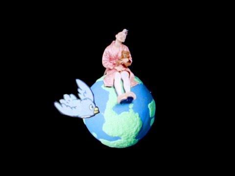 Bonnie Banane - La Lune & Le Soleil (Official Video)