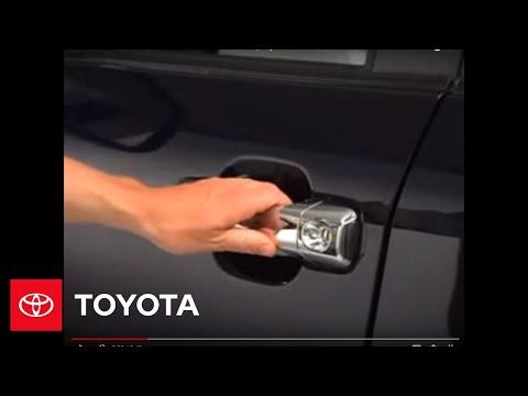 2007 - 2009 Tundra How-To: Lock / Unlock Doors   Toyota