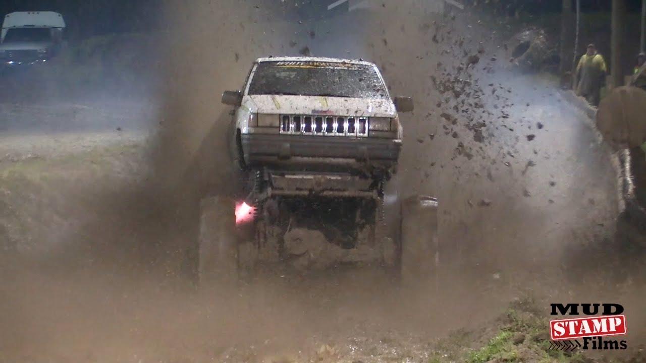 Mud skimmers and Fast Trucks - Eagle Mud Bog 2018