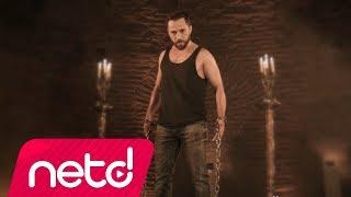 Bahadır Tatlıöz feat. Kemal Özgür - Kafam Duman Remix