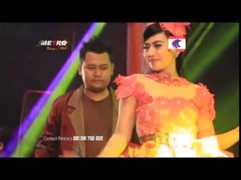 Ilham Gemilang feat. Acha Kumala - Jogja Bandung [OFFICIAL]