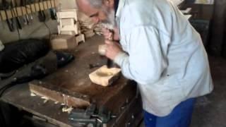bucovina   invatam sa cioplim in lemn