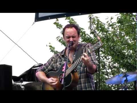 Dave Matthews (solo acoustic) Crush ~ Greenwich, CT Town Party
