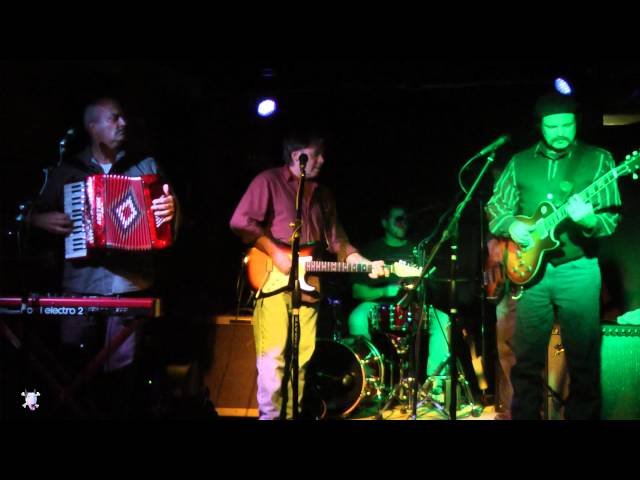 The Hoolios - 'Sigh In The Night' @ Cafe 9