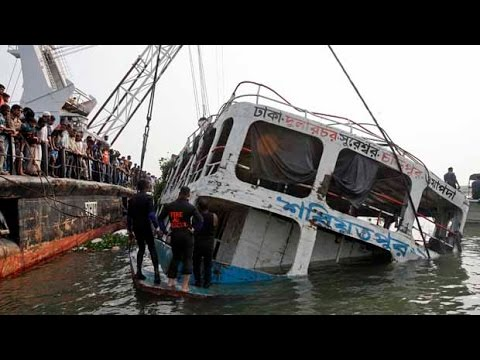 River ferry capsizes in Bangladesh