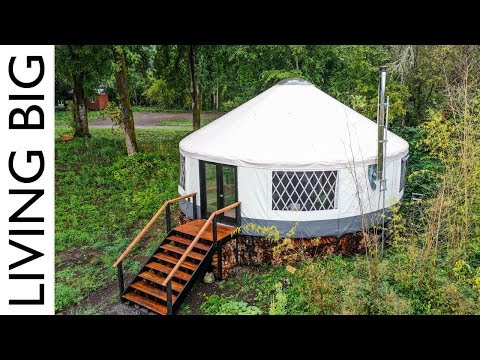 Amazing Modern Yurt Is A Design Marvel