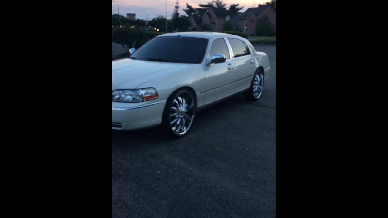 Lincoln Town Car On 24s Windshield Tint Youtube