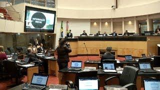 """Líderes de bancada avaliam a proposta de adoção do """"distritão"""" para as próximas eleições"""