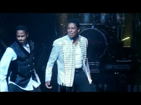 The Jacksons return to the Apollo