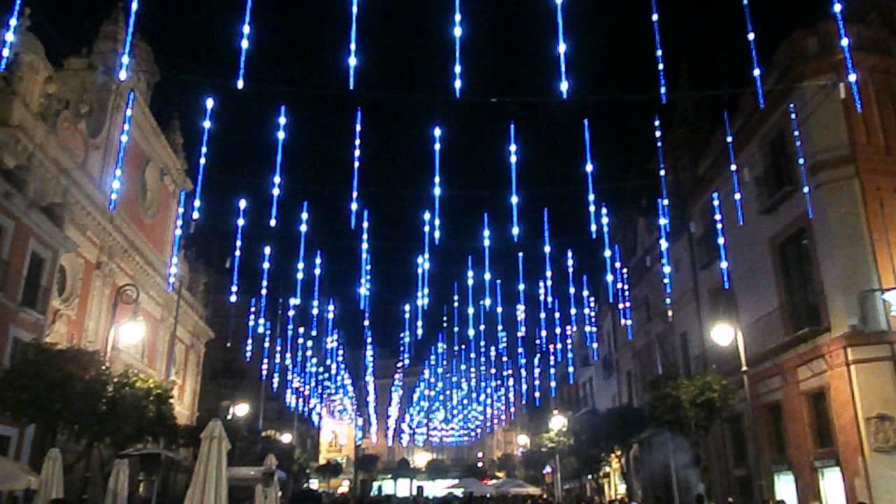 Iluminaci n plaza del salvador navidad 2013 sevilla youtube - Iluminacion sevilla ...