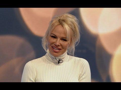 Pamela Anderson on Julian Assange