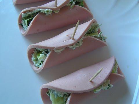 Закуска - рулет  колбаса,зелень,сыр  № 84 Простые рецепты,кулинария.
