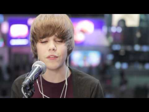 Justin Bieber - Acoustic Favorite Girl Live MTV 2009 (HD)