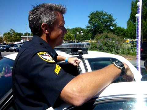 Explaining the Police Car - Field Trip to Newark, DE Police Department