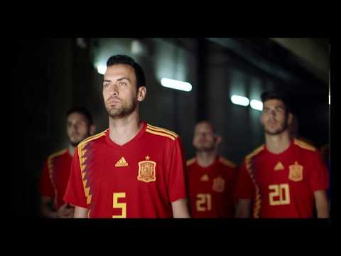 """SEAT - In the """"streets"""" with the Spanish National Football team"""