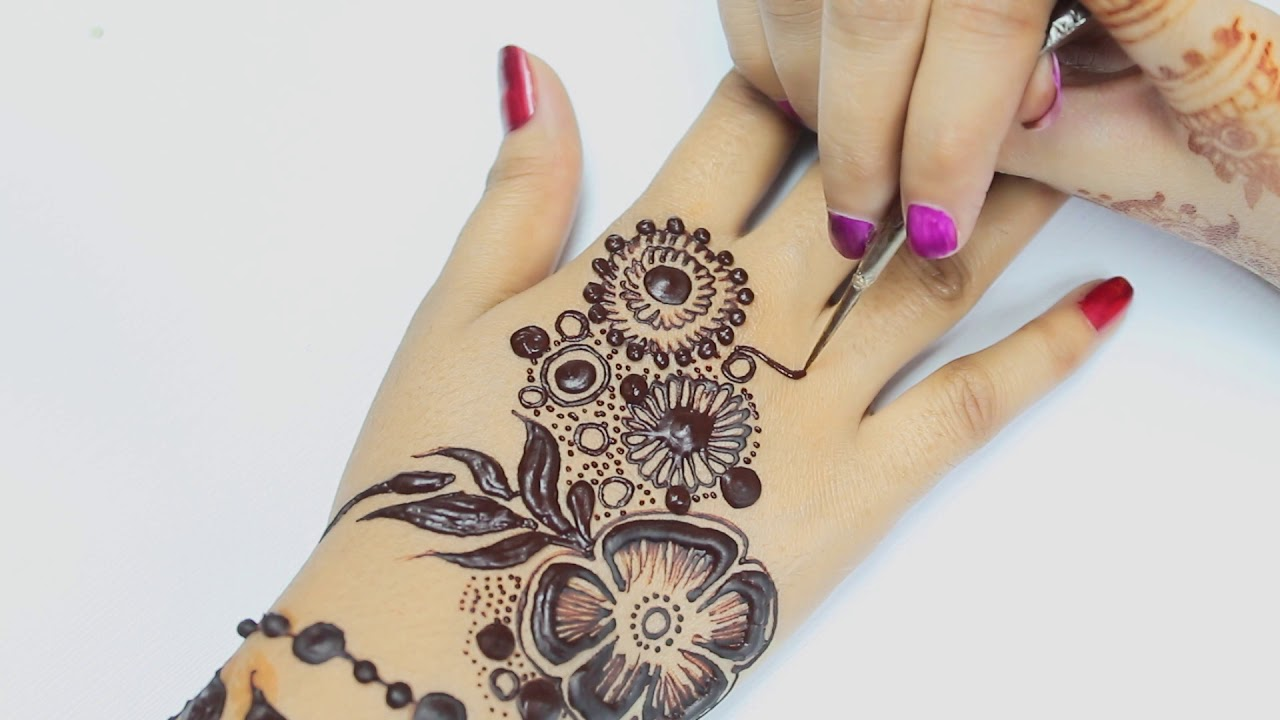 Henna Quick Stylish Mehandi Wrist: How To Apply One Finger Roses And Patels Henna Mehndi