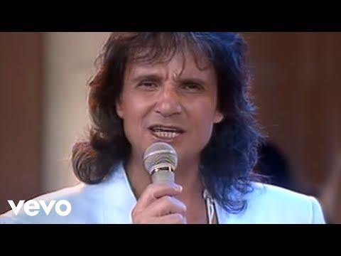 Roberto Carlos - Papo De Esquina (Vídeo Ao Vivo) Ft. Erasmo Carlos