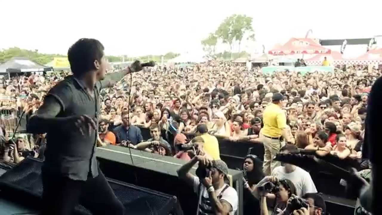 SJC Warped Tour Artist Profile - Daniel Williams / The Devil Wears Prada