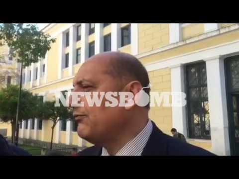 newsbomb.gr: Δηλώσεις Μαντούβαλου έξω από τα δικαστήρια