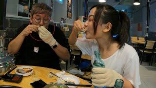 한국식 해산물을 먹더니 조개껍데기에 소주를 먹는 베트남…